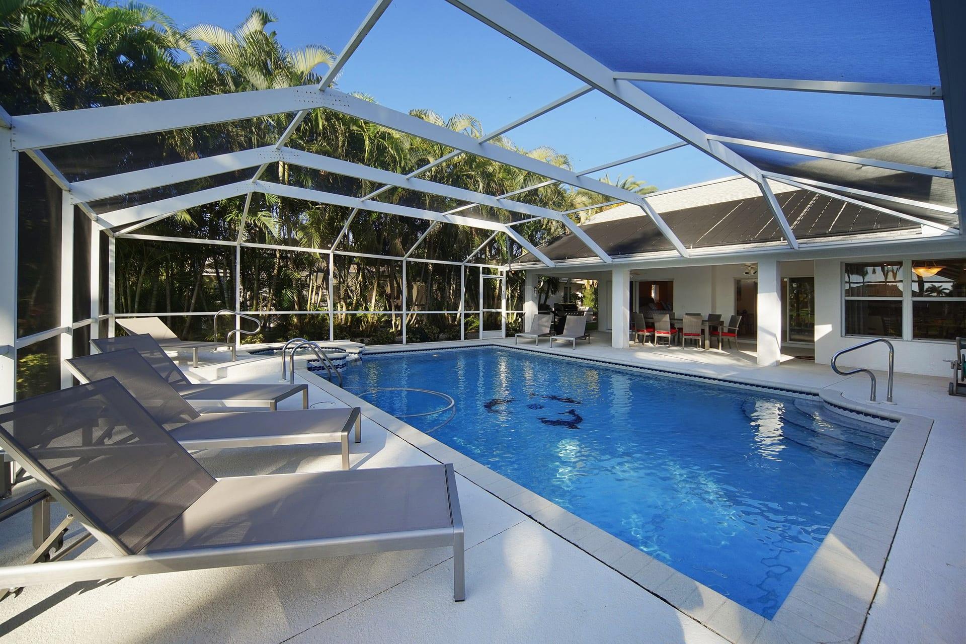 Villa Estrella Pool